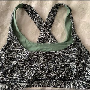 Lululemon sports bra 8